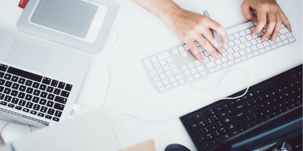 Outsourcing Content Marketing: 13 Stats You Should See [Infographic]
