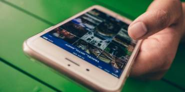 Facebook Updates News Feed, Instagram Allows User to Send Live Videos, and More Social Media News