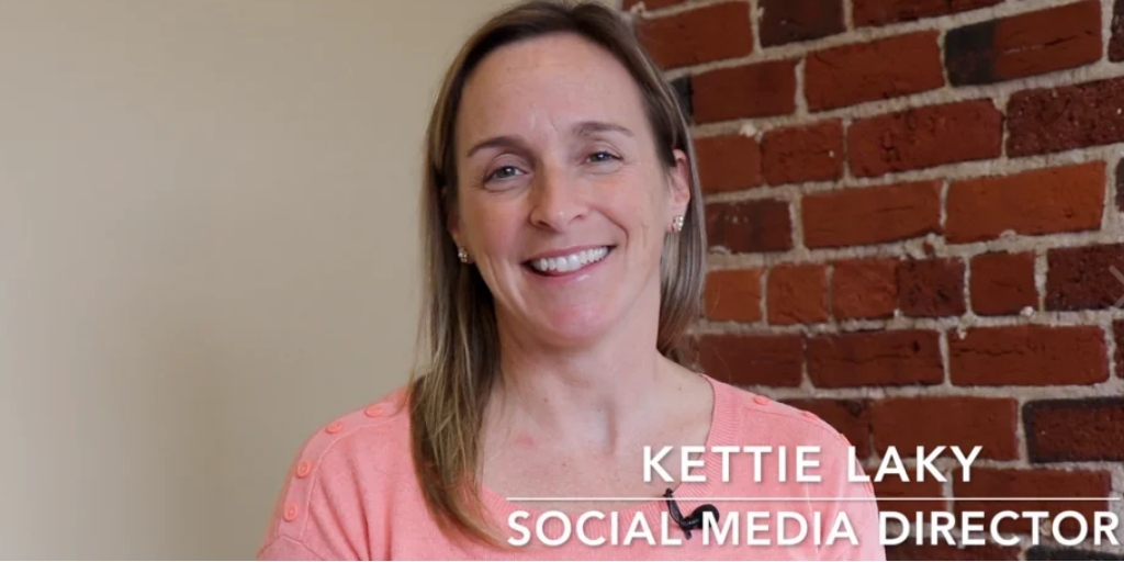 Video: How Businesses Can Be Helpful (Not Intrusive) on Social Platforms